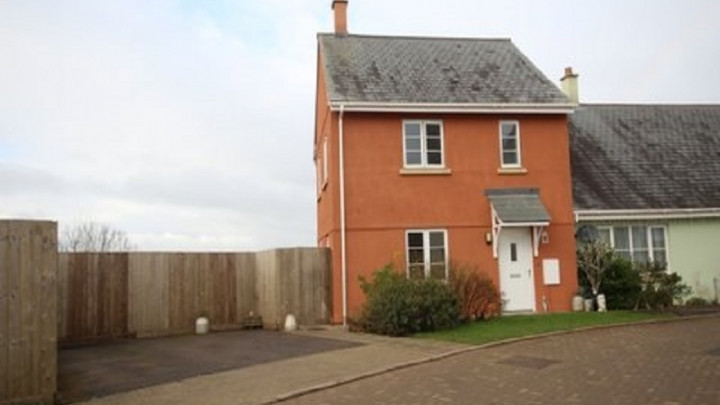 1 School Close, Chawleigh, Devon, EX18 7AT