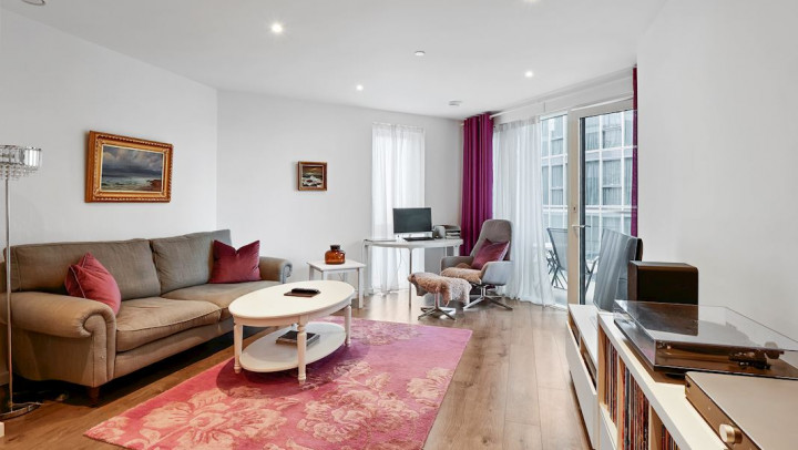 Meridian House SW18- Two Bed
