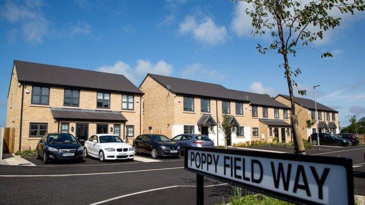 Poppy Field Way