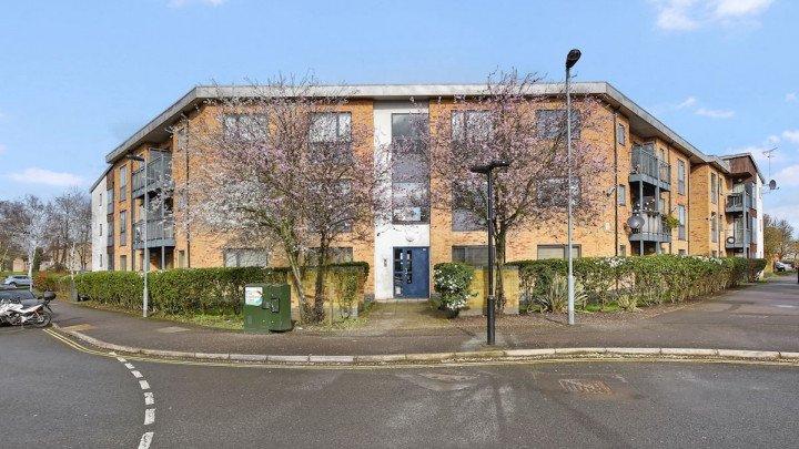 Dorset Court (Ref: GEN30)